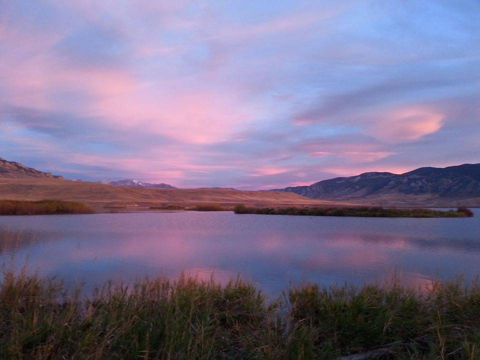 Wyoming state park at sunset. H/t @WyomingStateParks.