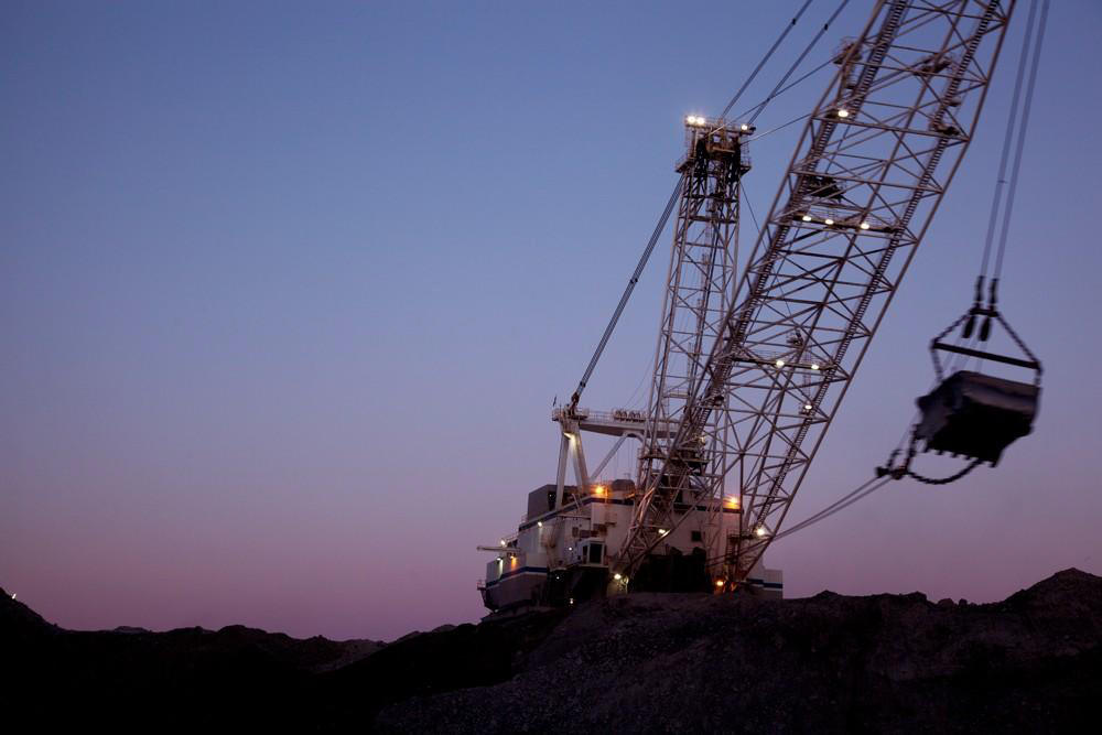 A dragline working at a Wyoming coal mine (H/t BLM Wyoming/Flick, Creative Commons)