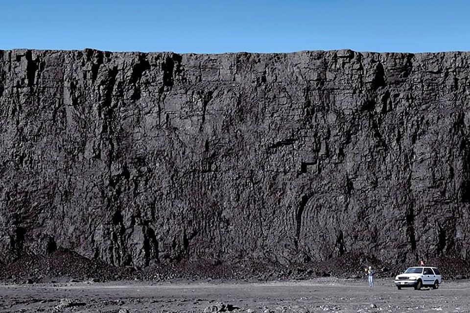 A coal seam at the North Antelope Rochelle mine in Campbell County, Wyo. is pictured. (H/t BLM Wyoming/Flickr, Creative Commons)