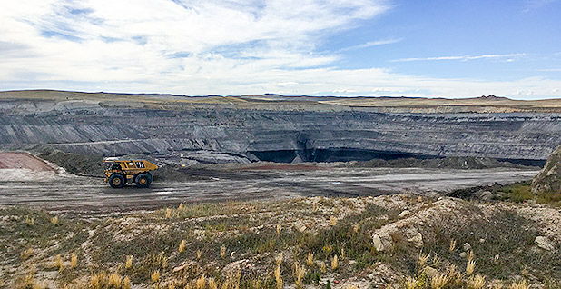 A federal judge today approved the Federal Trade Commission's motion to block the proposed Peabody Energy Corp.-Arch Resources Inc. joint venture in the Powder River Basin. (H/t Pamela King/E&E News)