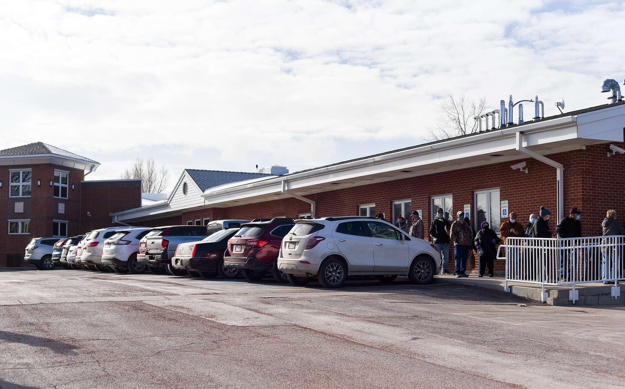 A line at the Campbell County Senior Center where seniors received the first of two doses of the Moderna COVID-19 vaccine today. (Photo: County 17/Brooke Byelich)