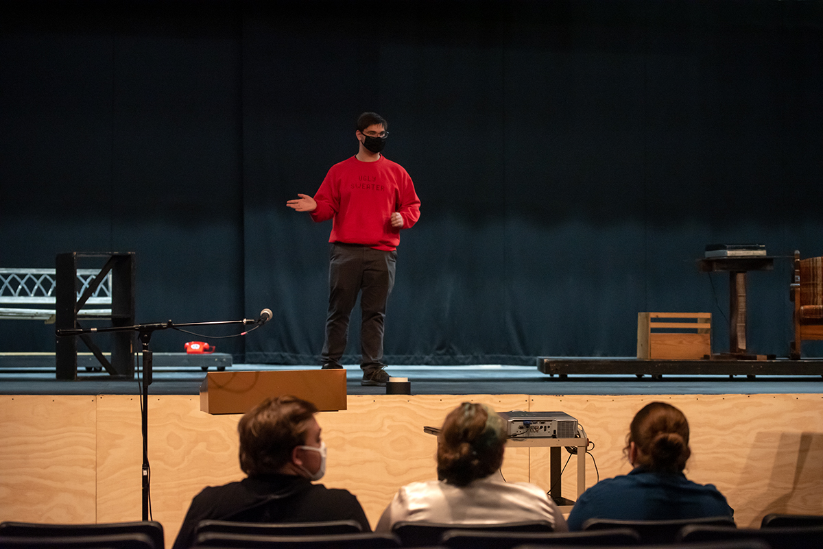 Anthony Monteleone gives a briefing to his fellow students before starting the dress rehearsal. (Photo: County 17 / Brooke Byelich)